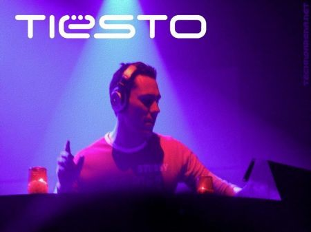 http://ps3maven.com/wp-content/uploads/2008/12/dj-tiesto-dj-hero-rumor-ps3.jpg