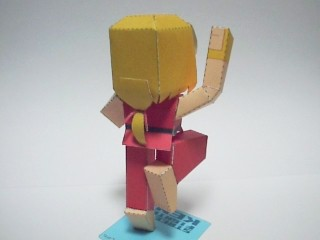 street-fighter-ken-papercraft-art-3