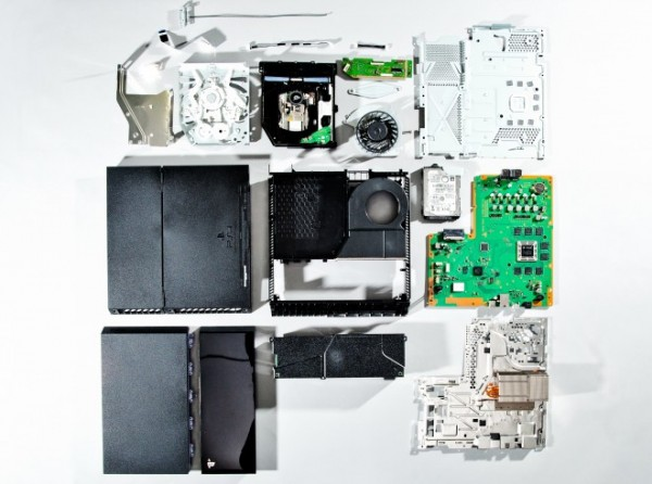 PlayStation 4 teardown from Wired.com image
